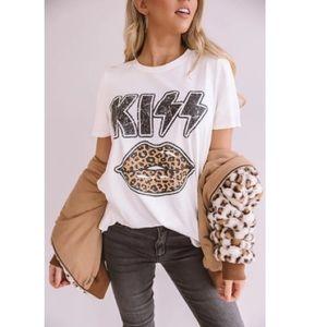 KISS Leopard Lip Printed Tee